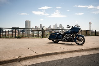 pg56_touring_road_glide_special_2019_002067_KN_19GAP_181261_V2_HDI